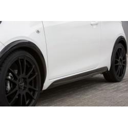Jupes latérales, look noir Peugeot 108 de 07/2014