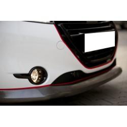 Rajout du pare choc avant look carbone Peugeot 208 au 05/2015